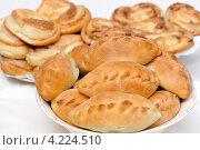 Пирожки. Стоковое фото, фотограф Светлана Давыдова / Фотобанк Лори