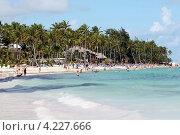 Купить «Республика Доминикана. Живописный пляж района Bavaro», эксклюзивное фото № 4227666, снято 27 декабря 2012 г. (c) Александр Тарасенков / Фотобанк Лори