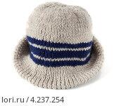 Купить «Мужская шляпа, вязаная вручную», фото № 4237254, снято 27 января 2013 г. (c) Короленко Елена / Фотобанк Лори