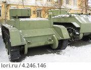 Купить «Старые советские танки БТ-5 и БТ-7», фото № 4246146, снято 30 января 2013 г. (c) Александр Алексеевич Миронов / Фотобанк Лори