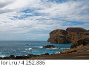 Берег Атлантического океана, Азорские острова, Файал (2012 год). Стоковое фото, фотограф Юлия Бабкина / Фотобанк Лори
