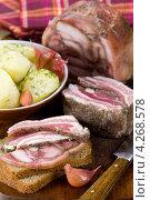 Купить «Свиные уши в желе», эксклюзивное фото № 4268578, снято 18 января 2013 г. (c) Александр Курлович / Фотобанк Лори