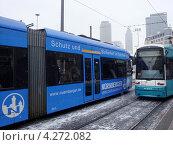 Трамваи во Франкфурте-на-Майне (2012 год). Редакционное фото, фотограф Артём Садовников / Фотобанк Лори