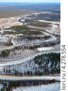 Купить «Вид сверху на таежную реку весной», фото № 4278554, снято 19 апреля 2012 г. (c) Владимир Мельников / Фотобанк Лори