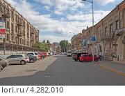 Днепропетровск ул.Гоголя (2011 год). Редакционное фото, фотограф Роман Басманов / Фотобанк Лори