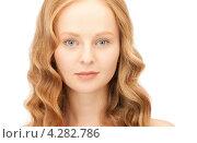 Купить «Привлекательная рыжая юная девушка на белом фоне», фото № 4282786, снято 27 ноября 2010 г. (c) Syda Productions / Фотобанк Лори