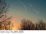 Купить «Воздушные пути», фото № 4285694, снято 13 февраля 2013 г. (c) Владимир Федечкин / Фотобанк Лори