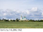 Купить «Пейзаж с церковью на Русском Севере», эксклюзивное фото № 4286142, снято 8 августа 2008 г. (c) Солодовникова Елена / Фотобанк Лори