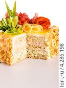 Купить «Вкусный соленый торт с салями», фото № 4286198, снято 25 сентября 2012 г. (c) CandyBox Images / Фотобанк Лори