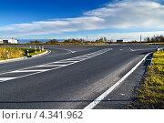 Купить «Перекрёсток на автотрассе Калининград-Эльблонг», фото № 4341962, снято 4 ноября 2012 г. (c) Сергей Трофименко / Фотобанк Лори
