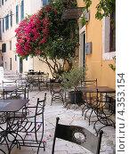 Кафе в Керкире, Корфу, Греция. Стоковое фото, фотограф Николаева Наталья / Фотобанк Лори