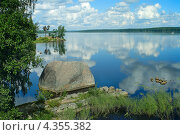 Купить «Вид на Выборгский залив», фото № 4355382, снято 18 августа 2012 г. (c) Ольга Остроухова / Фотобанк Лори