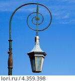 Купить «Уличный фонарь на Фонарном мосту. Санкт-Петербург», эксклюзивное фото № 4359398, снято 29 мая 2009 г. (c) Александр Щепин / Фотобанк Лори