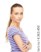 Купить «Симпатичная молодая женщина в тельняшке на белом фоне», фото № 4363450, снято 10 октября 2010 г. (c) Syda Productions / Фотобанк Лори
