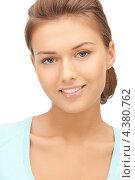 Купить «Юная девушка с красиво уложенными волосами», фото № 4380762, снято 28 августа 2011 г. (c) Syda Productions / Фотобанк Лори