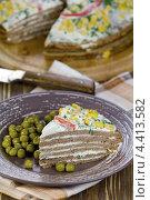 Купить «Торт из печёночных оладий с майонезом», эксклюзивное фото № 4413582, снято 1 марта 2013 г. (c) Александр Курлович / Фотобанк Лори