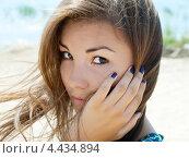 Портрет юной девушки. Стоковое фото, фотограф Ольга Корбут / Фотобанк Лори