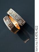 Купить «Золотые  кольца», фото № 4476422, снято 18 апреля 2012 г. (c) ElenArt / Фотобанк Лори