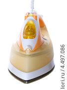 Купить «Электрический утюг на белом фоне», фото № 4497086, снято 8 августа 2011 г. (c) Юлия Гапеенко / Фотобанк Лори