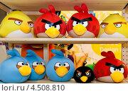 Игрушки Angry Birds. Редакционное фото, фотограф Ковалев Василий / Фотобанк Лори