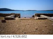 Руины древнего морского порта в Медулине, Хорватия (2012 год). Стоковое фото, фотограф Алексей Иванов / Фотобанк Лори