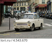 Купить «Улица Парижа», эксклюзивное фото № 4543670, снято 2 марта 2013 г. (c) Михаил Ворожцов / Фотобанк Лори