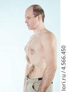Мужчина выполняет дыхательные упражнения йоги. Стоковое фото, фотограф Mykhaylo Mykulyak / Фотобанк Лори