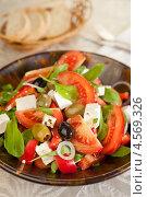 Купить «Греческий салат», фото № 4569326, снято 21 января 2013 г. (c) Eve Voevoda / Фотобанк Лори