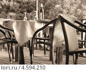 Ресторан на веранде у моря. Стоковое фото, фотограф Николаева Наталья / Фотобанк Лори