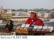Музыкант на Карловом мосту (2012 год). Редакционное фото, фотограф Наталья Данченко / Фотобанк Лори