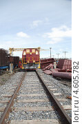 Купить «Маневровый локомотив после капитального ремонта», эксклюзивное фото № 4605782, снято 9 мая 2013 г. (c) Валерий Акулич / Фотобанк Лори