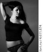 Сексуальная девушка в черном, монохром. Стоковое фото, фотограф Константин Блохин / Фотобанк Лори