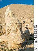 Купить «Статуи на горе Немрут в Турции», фото № 4622142, снято 19 августа 2008 г. (c) Stockphoto / Фотобанк Лори