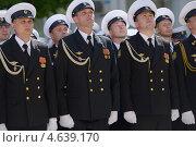Купить «Парад в честь Дня Победы в Севастополе, 9 мая 2013 года», фото № 4639170, снято 9 мая 2013 г. (c) Stockphoto / Фотобанк Лори