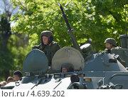 Купить «Парад в честь Дня Победы в Севастополе, 9 мая 2013 года», фото № 4639202, снято 9 мая 2013 г. (c) Stockphoto / Фотобанк Лори