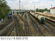 Купить «Железнодорожная станция. Вид сверху», фото № 4660010, снято 14 мая 2013 г. (c) Александр Малышев / Фотобанк Лори
