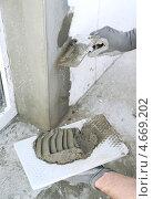 Оштукатуркивание стен. Стоковое фото, фотограф Владимир Ворона / Фотобанк Лори