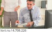 Купить «Businessman in his office», видеоролик № 4708226, снято 15 октября 2018 г. (c) Wavebreak Media / Фотобанк Лори