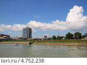 Купить «Набережная реки Кубань в Краснодаре», эксклюзивное фото № 4752238, снято 1 апреля 2020 г. (c) Дорощенко Элла / Фотобанк Лори