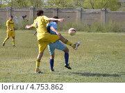 Люди. Футбол. Игровой момент. (2013 год). Редакционное фото, фотограф Дмитрий Розкин / Фотобанк Лори