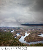Купить «Снежные заряды над лесной рекой», фото № 4774062, снято 1 июня 2013 г. (c) Владимир Мельников / Фотобанк Лори