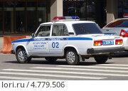 Полицейский автомобиль ВАЗ-2105 (2013 год). Редакционное фото, фотограф Данила Васильев / Фотобанк Лори