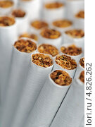 Сигареты, крупный план. Стоковое фото, фотограф Digifuture / Фотобанк Лори