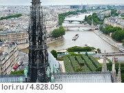Купить «Вид на Париж с собора Нотр-Дам-де-Пари», фото № 4828050, снято 25 июня 2013 г. (c) Екатерина Овсянникова / Фотобанк Лори