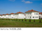 Новый коттеджный поселок. Ропша, эксклюзивное фото № 4836266, снято 15 мая 2013 г. (c) Александр Щепин / Фотобанк Лори