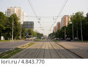 Купить «Москва, Симферопольский бульвар», фото № 4843770, снято 11 июля 2013 г. (c) Антон Павлов / Фотобанк Лори