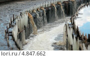 Купить «Перелив воды в радиальных отстойниках стоков», видеоролик № 4847662, снято 14 июля 2013 г. (c) Кекяляйнен Андрей / Фотобанк Лори