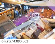 Купить «Интерьер спортивного автомобиля», фото № 4895562, снято 10 апреля 2011 г. (c) Никончук Алексей / Фотобанк Лори