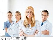 Купить «Команда врачей и медсестер в больнице», фото № 4901338, снято 18 мая 2013 г. (c) Syda Productions / Фотобанк Лори