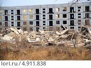 Разрушенное здание. Стоковое фото, фотограф Евгений Дедовец / Фотобанк Лори